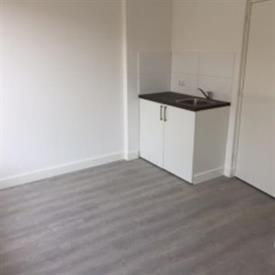 Kamer in Tilburg, Sepiastraat op Kamernet.nl: Semi studio, met eigen badkamer, gedeelde keuken
