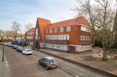 Kamer in Eindhoven, Jonckbloetlaan op Kamernet.nl: Zeer mooi, gestoffeerd en gerenoveerd appartement