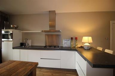 Kamer in Amsterdam, Potgieterstraat op Kamernet.nl: Spacious characteristic and furnished 2-bedroom