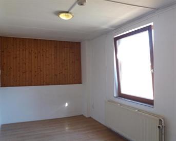 Kamer in Sittard, Tudderenderweg op Kamernet.nl: ± 18 m²  Kamer 3 € 360 incl. g/w/l+Wifi+kabel tv.