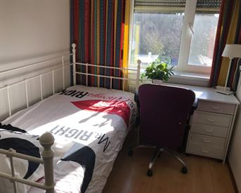 Kamer in Hoofddorp, Soderblomstraat op Kamernet.nl: mooi nette gemeubileerd kamer tehuur