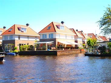 Kamer in Aalsmeer, Werven op Kamernet.nl: Unieke vrijstaande villa aan het water in Aalsmeer