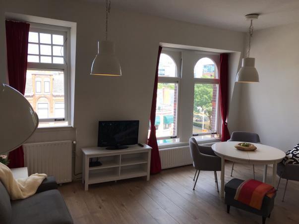 Appartement aan Aert van der Goesstraat in Den Haag