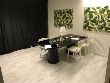 Kamer in Alkmaar, Robbenkoog op Kamernet.nl: Nette kamer in 3 kamerappartment boven autobedrijf in Alkmaar.