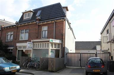 Kamer in Velp, Brugweg op Kamernet.nl: Mooie, ruime STUDIO te huur in centrum van Velp.