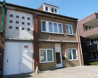 Kamer in Sittard, Tudderenderweg op Kamernet.nl: Nette gestoffeerde studentenkamer Sittard