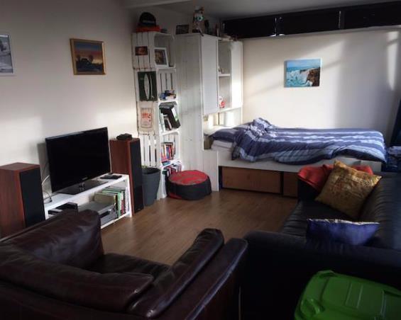 Kamer aan Clara van Sparwoudestraat in Delft