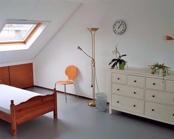 Kamer in Enschede, Morsestraat op Kamernet.nl: Gemeubileerde kamer te huur voor vrl studente
