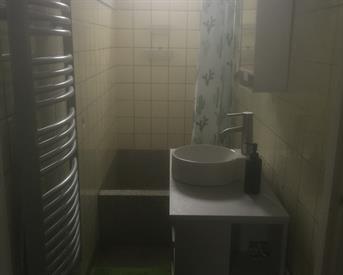 Kamer in Arnhem, Volkerakstraat op Kamernet.nl: Kamer 10m €350 incl met eigen balkon
