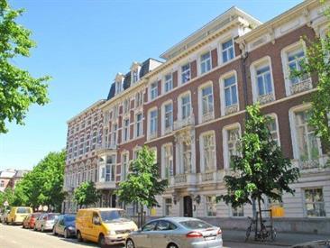 Kamer in Den Haag, Bezuidenhoutseweg op Kamernet.nl: Op de parterre gelegen zeer luxe appartement