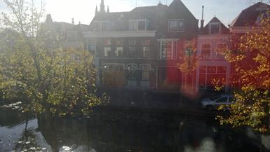 Kamer in Delft, Verwersdijk op Kamernet.nl: Grote kamer in Grachtenpand aan Verwersdijk