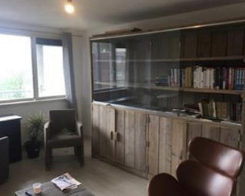 Kamer te huur in de Van Meekerenstraat in Rotterdam