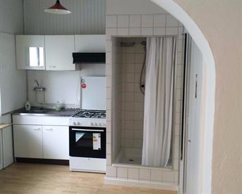 Kamer in Heerlen, Doctor Poelsstraat op Kamernet.nl: mooie studio