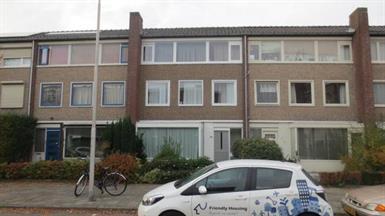 Kamer in Eindhoven, Schubertlaan op Kamernet.nl: Mooie, volledig gemeubileerde kamer
