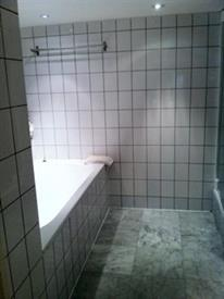 Kamer in Amsterdam, Oudezijds Voorburgwal op Kamernet.nl: Gemeubileerd 2-slaapkamer maisonnette appartement