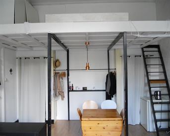 Kamer in Arnhem, Boulevard Heuvelink op Kamernet.nl: Prachtige zonnige kamer met hoogslaper