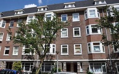 Kamer in Amsterdam, Vogelenzangstraat op Kamernet.nl: Sfeervol 2 kamerappartement met zonnig balkon in Oud Zuid.