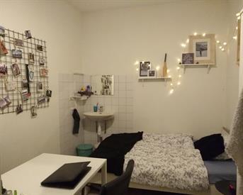 Kamer in Nijmegen, St. Jacobslaan op Kamernet.nl: Nette kamer nabij universiteit en centrum