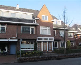 Kamer in Haren Gn, Molenweg op Kamernet.nl: Ruime, lichte kamer, centrum Haren, ca 18m2.