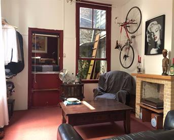 Kamer in Delft, Hoefijzersteeg op Kamernet.nl: Grote kamer centrum Delft