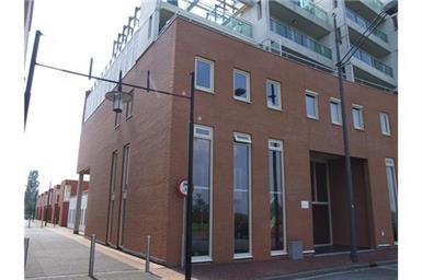 Kamer in Den Bosch, Schout van Hanswijkplein op Kamernet.nl: Zeer fraai gemeubileerd appartement!