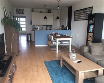 Kamer in Amstelveen, Schokland op Kamernet.nl: Tijdelijk beschikbaar. Zelfstandig appartament