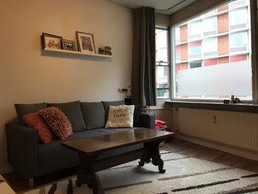 Kamer in Amsterdam, Slotermeerlaan op Kamernet.nl: Geheel appartement (40m2) voor 3/4 weken