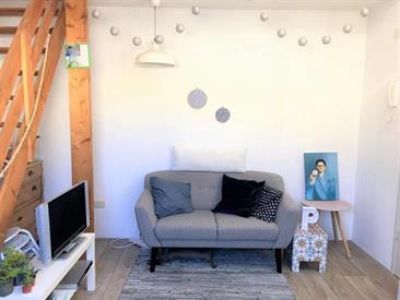 Kamer in Maastricht, Wycker Grachtstraat op Kamernet.nl: Leuke kamer in een studentenhuis voor meiden