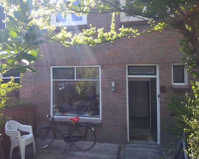 Kamer aan Vrouwenweg in Leiden