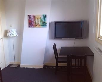 Kamer in Haarlem, Verspronckweg op Kamernet.nl: Gemeubileerde kamer voor stagiair(e) voor doordeweeks