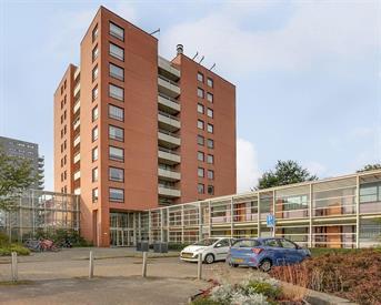 Kamer in Amsterdam, Valkenisseweg op Kamernet.nl: Mooie kamer in leuk appartement! voor delers